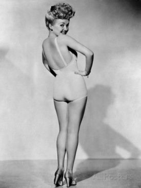 betty-grable-world-war-ii-pin-up-picture-1943